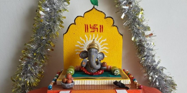 ganesh chaturthi decoration ideas check out these simple ganesh ...